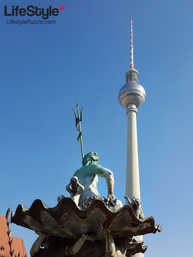 Fernsehturm-TV Tower in Berlin