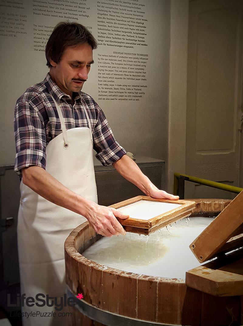 paper handcrafting workshop - German Museum of Technology