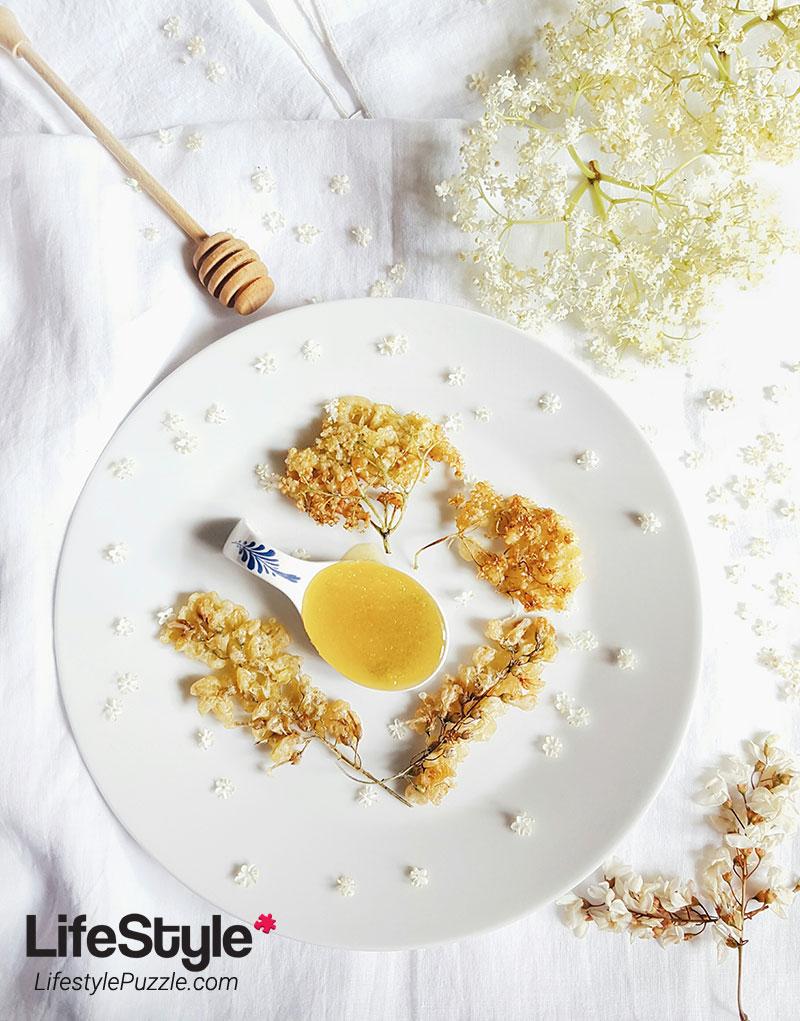 elderflowers-and-acacia-flowers-tempura-
