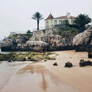 Praia da Rainha in Cascais, Portugal