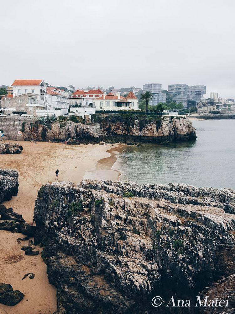 Praia da Rainha - Cascais beach and villas