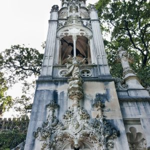 gothic-architecture-of-Quinta-da-Regaleira,-Sintra,-Portugal
