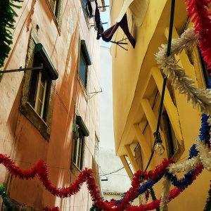 Restaurant-in-Alfama,-Lisbon---Lautasco-Tipico-street