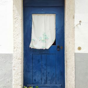 blue-door-in-Lisbon,-Portugal