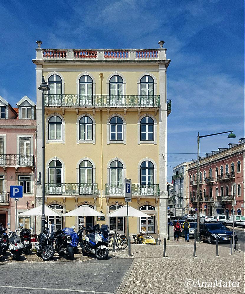 Lisbon Minimal Facade in Jeronimos