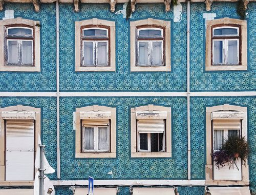 Lisbon Straight Facade with Blue Tiles - Azulejos