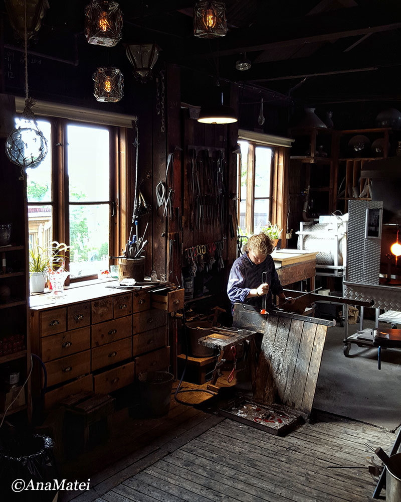 stockholm-glass-making-skansen-workshop