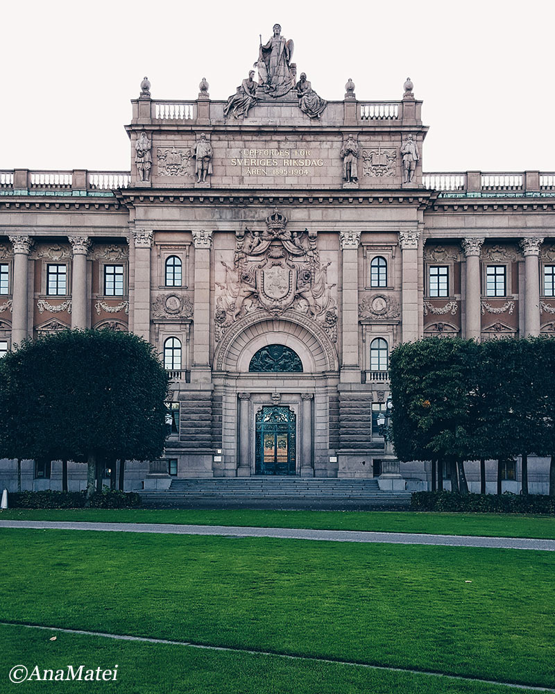 the-parliament-house-in-stockholm-sweden