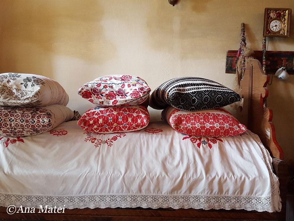 viscri-museum-pillows