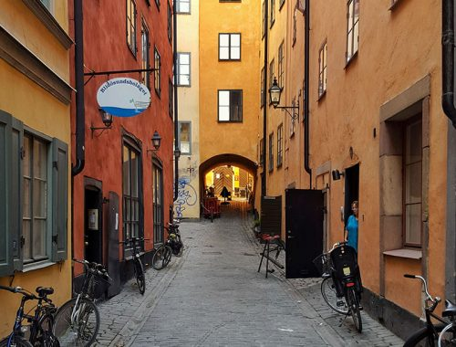 colorful-street-and-bikes-in-gamla-stan-stockholm