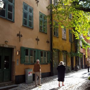 walking-on-sunshine-in-gamla-stan-stockholm