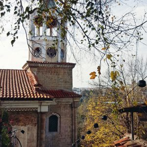 abandoned-medieval-church-in-veliko-tarnovo