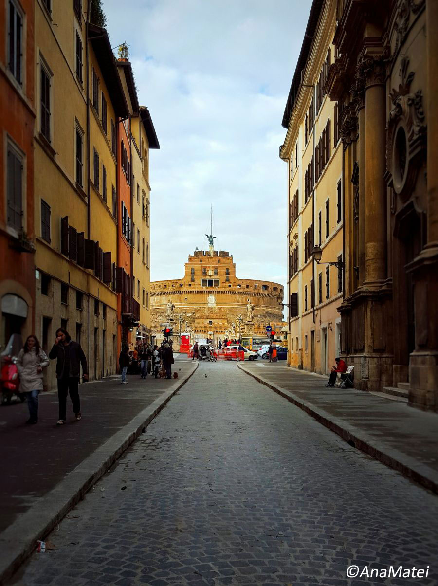 Castel-Sant-Angelo-Rome-Perspective
