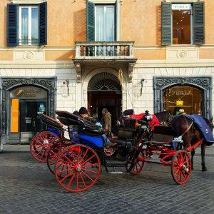Piazza-di-Spagna-facade