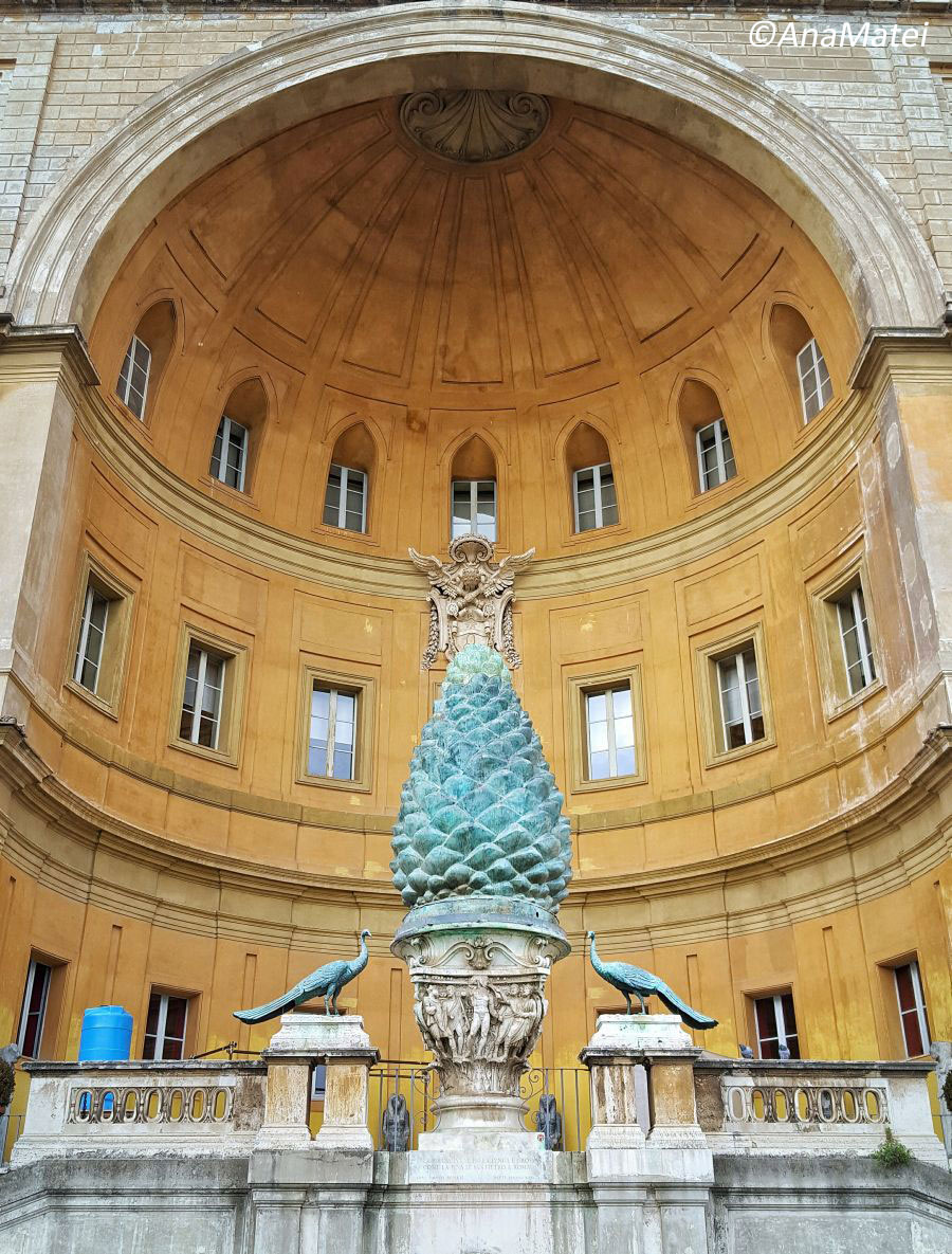The-Vatican-Museums-in-Rome-Italy