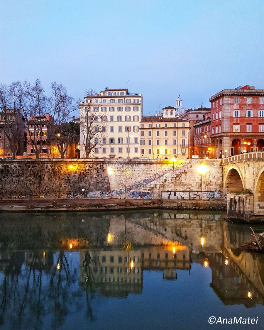 Trastevere-Rome-Italy-at-dusk