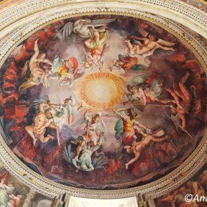 Vatican-Museum-Rome-ceiling