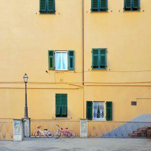 Minimal-facade-and-bikes-in-Riomaggiore---Cinque-Terre