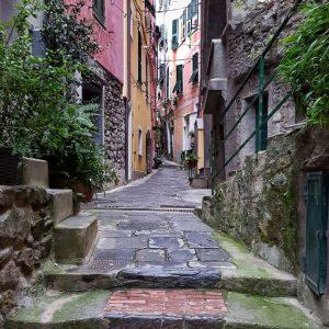 Vernazza,-Cinque-Terre---the-bohemian-street