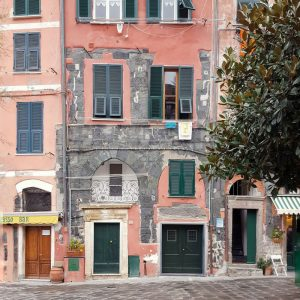Vernazza-architecture