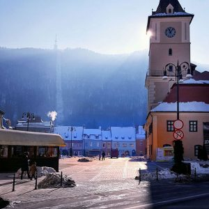 Brasov,-Transylvania---charming-winter-scene
