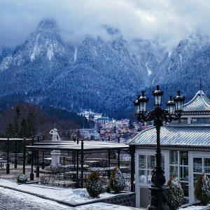 Cantacuzino-Palace-in-Busteni,-Romania---the-view