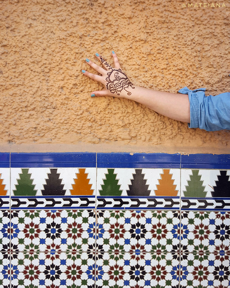 henna-tattoo-in-Granada,-Andalucia