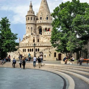 Fisherman-Basion-Budapest---like-a-sand-castle