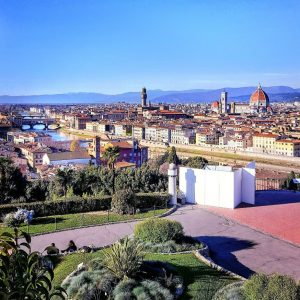 Florence-from-above-in-Piazzale-Michelangelo