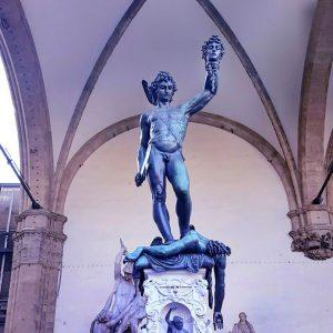 Loggia-dei-Lanzi---detail-in-Piazza-della-Signoria