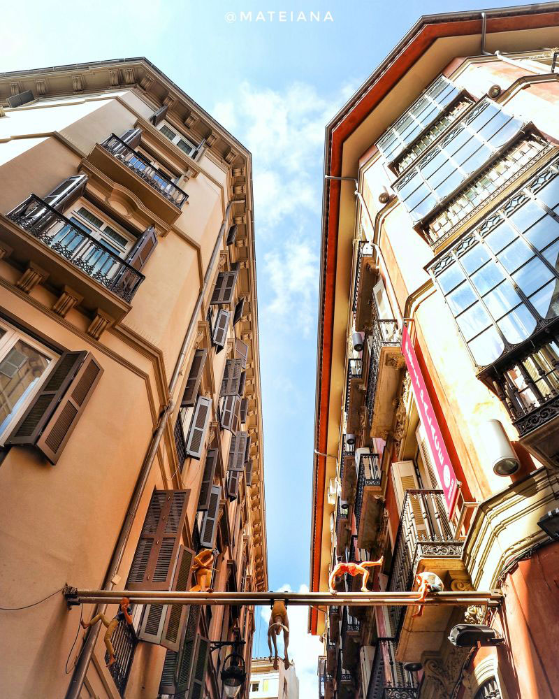 Looking up architecture Malaga