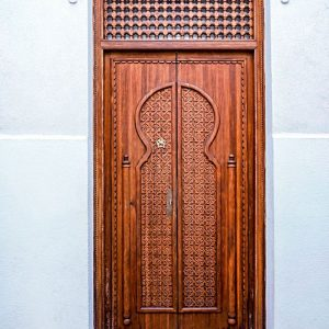 Moorish-door-in-Cordoba,-Spain