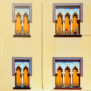 Moorish-windows-of-Cordoba,-Spain