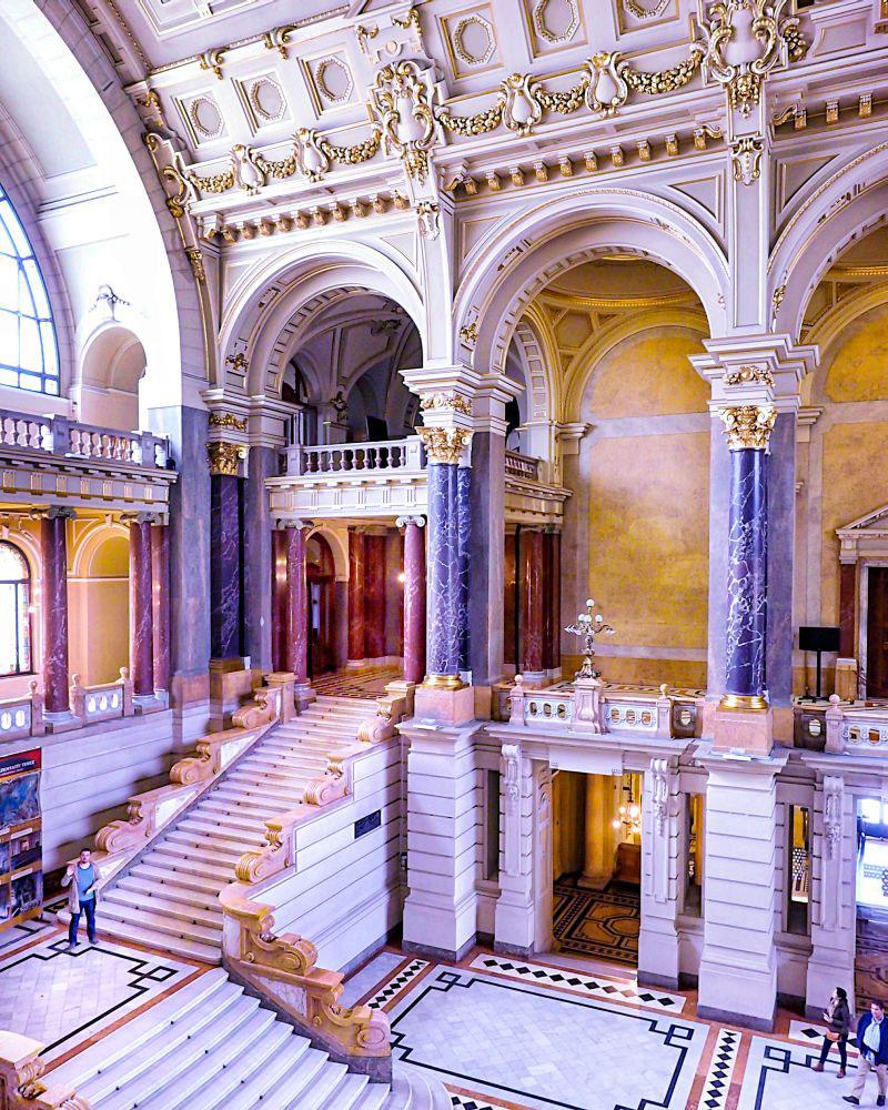Museum of Ethnography Budapest - Neprajzi Muzeum