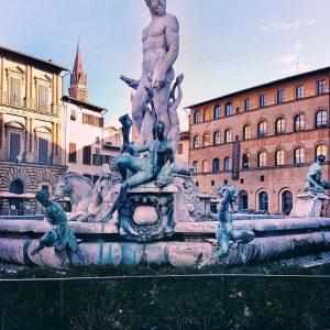 Neptun-Fountain-in-Piazza-della-Signoria,-Florence