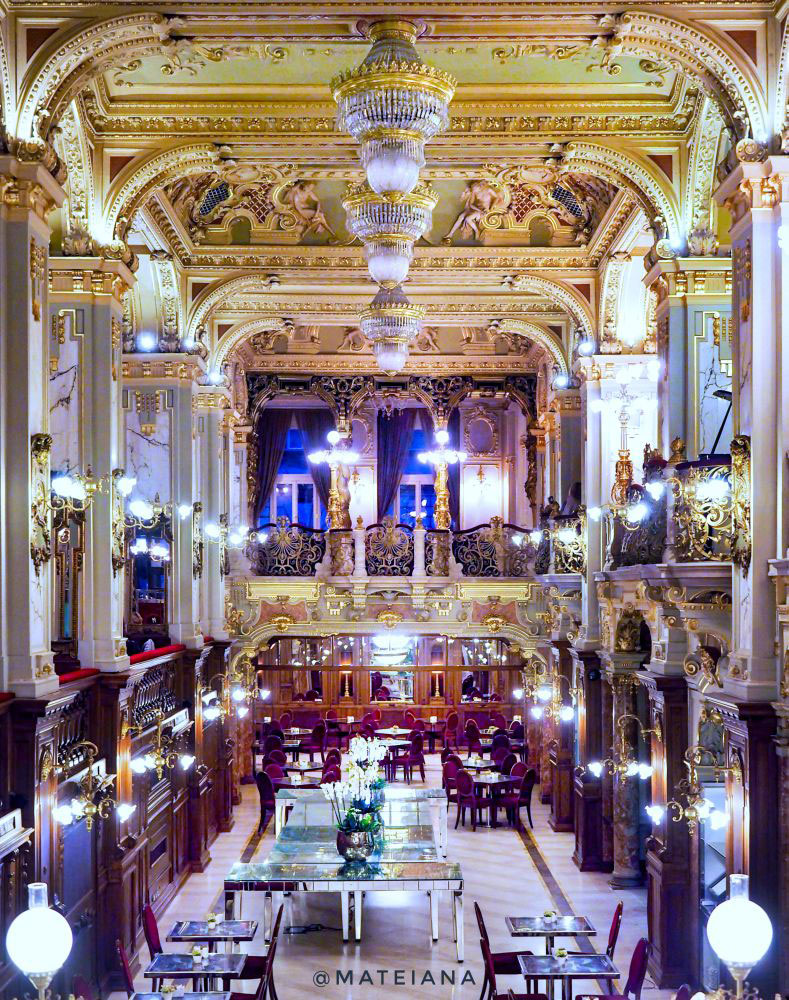 New-York-Cafe-Budapest---The-most-beautiful-cafe-in-the-world