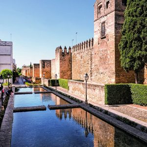 Old-city-walls-of-Cordoba,-Andalucia,-Spain