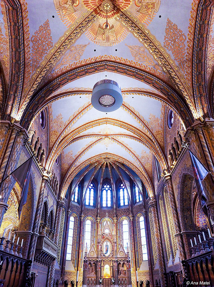 St.-Matthias-Church-Budapest,-Hungary---interior