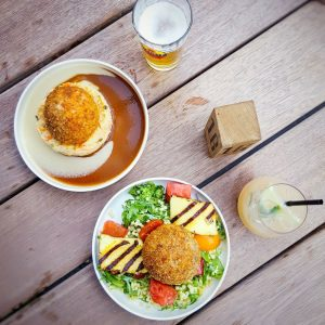 Belgian-Meatballs-at-Balls-and-Glory,-Brussels