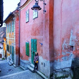 Goldsmiths-Square,-Pink-Passage-Sibiu