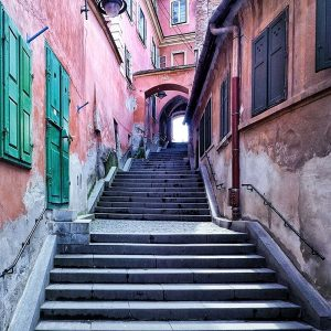 Goldsmiths-Square-Sibiu---Pink-Stairs