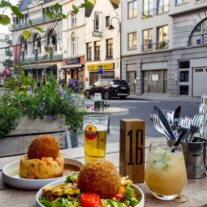 Lunch-in-Brussels---Balls-and-Glory