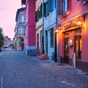 Sibiu-architecture---afterglow-Huet-Square