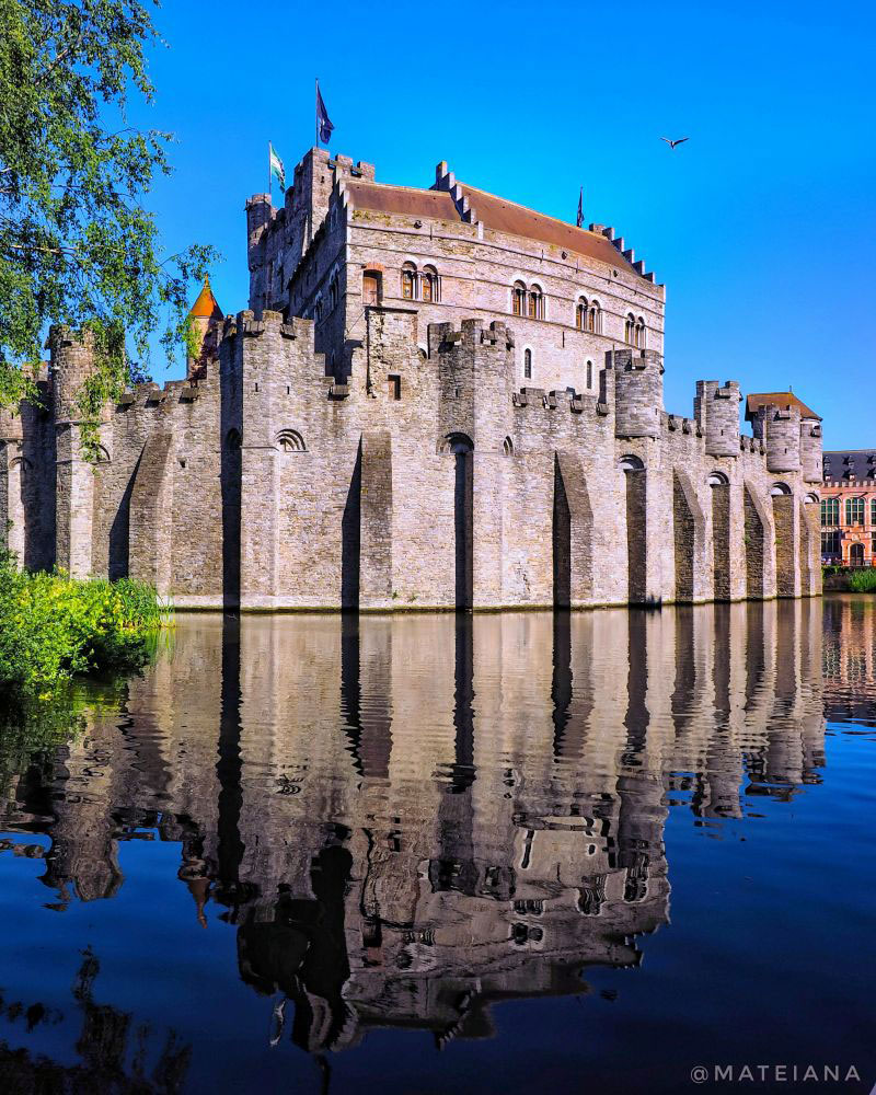 Gravensteen-Castle-in-Ghent,-Belgium