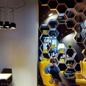 Meron-Specialty-Coffee-Shop-in-Bucharest---interior-styling
