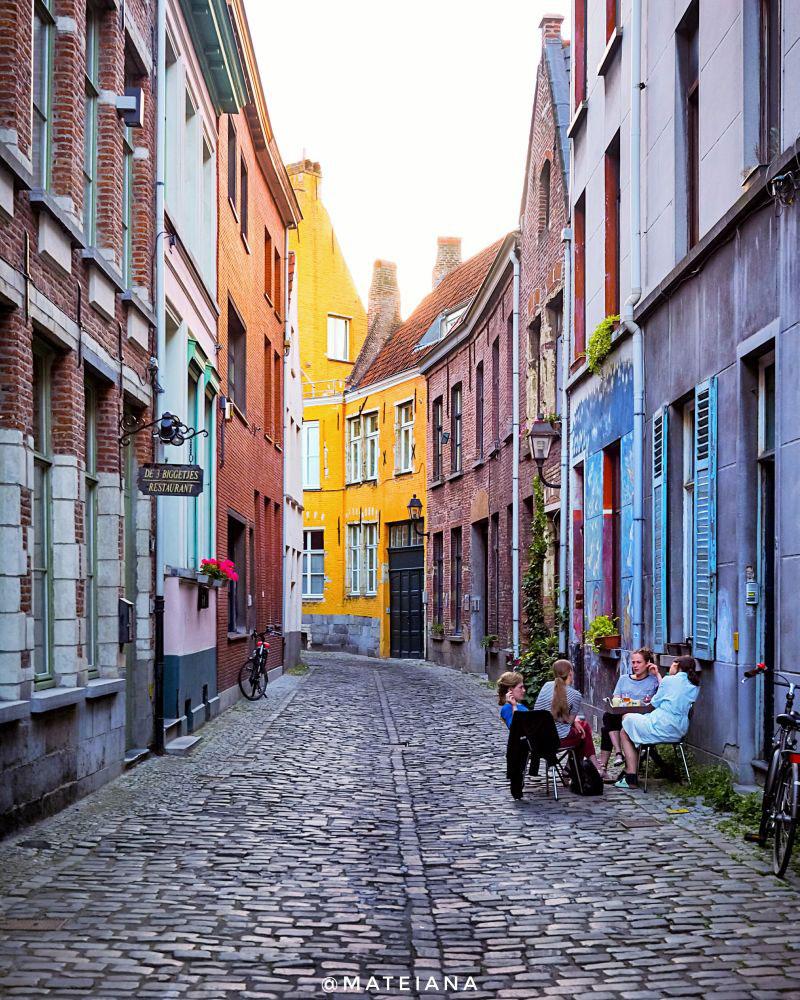 Patershol-streets---Ghent,-Belgium