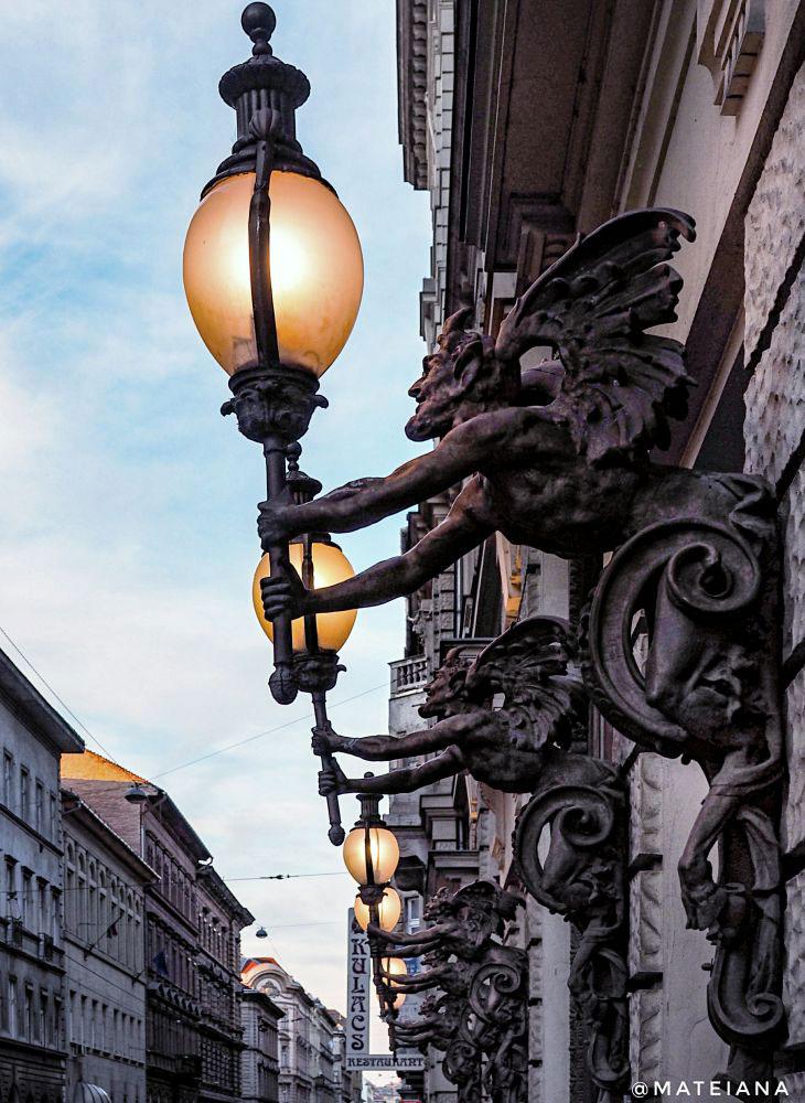 Boscolo Hotel Budapest - Street Lamps
