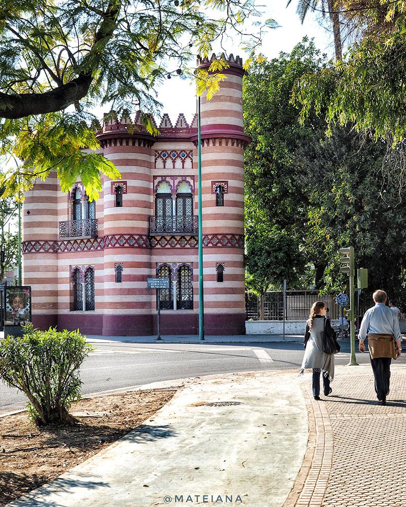 Costurero-de-la-Reina,-Seville,-Spain