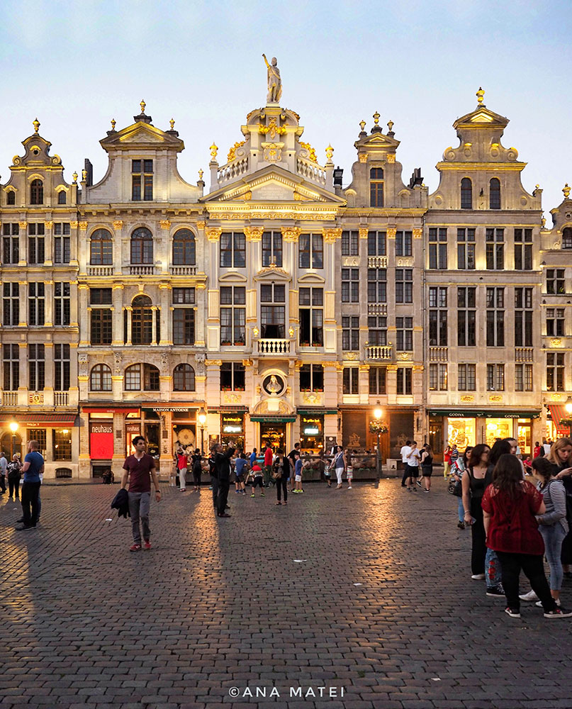 Grande-Place-Bruxelles-by-night