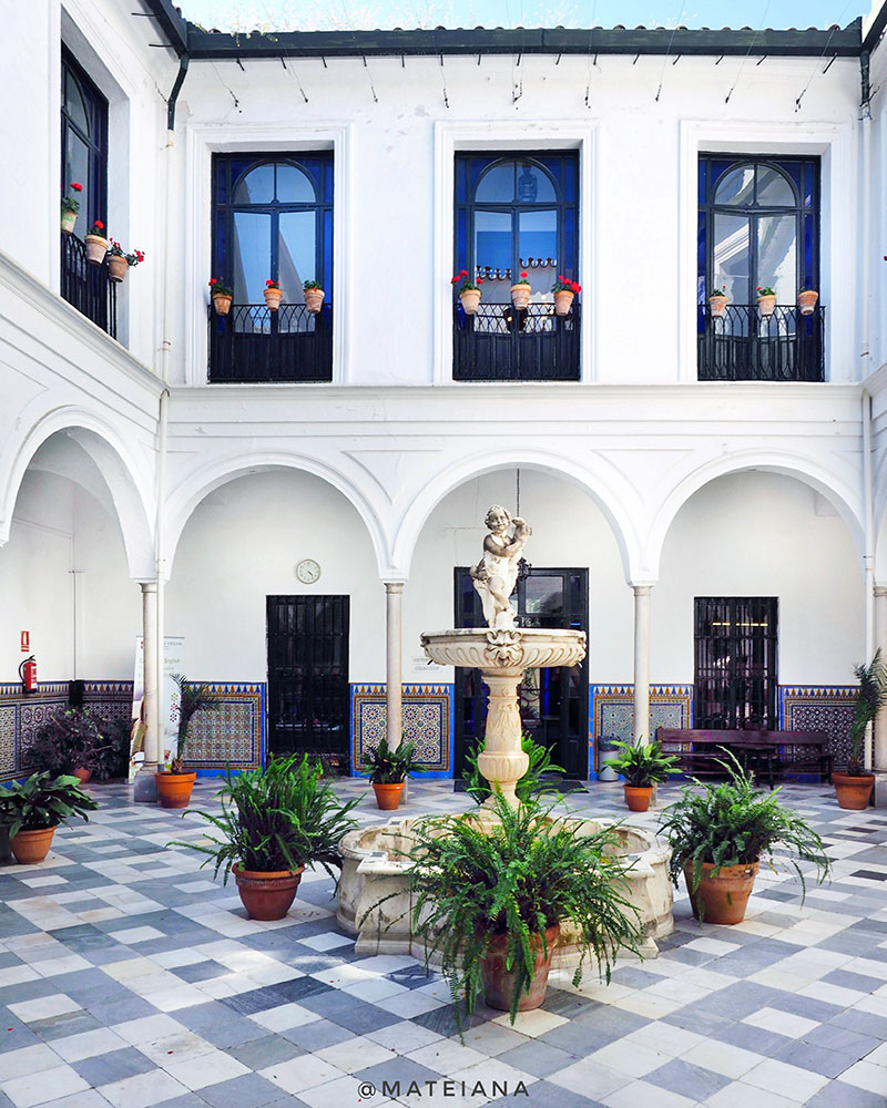 Instituto-Britanico-de-Sevilla---Patio